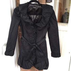 Bebe Black Trench Coat w Tie Waist & Bubble Hem